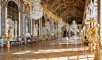 The magnificent Hall of Mirrors
